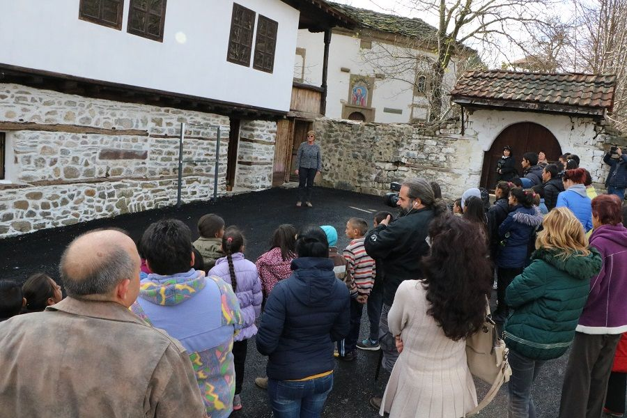 Opening of old class school (1848) with museum exposition for the historical development of Vidrare village and education -
